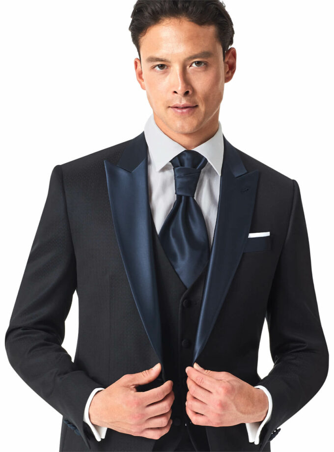 abito uomo blu elegante per matrimonio