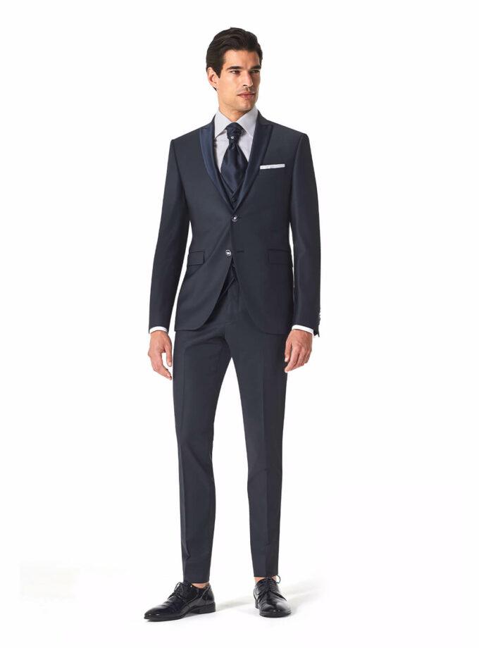 abito uomo blu elegante sposo 2022