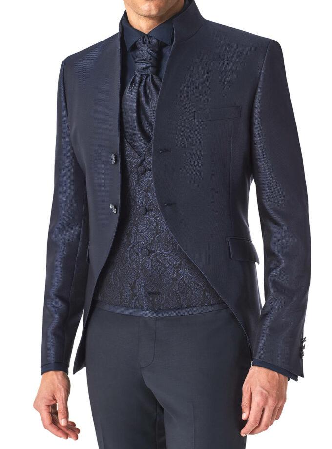 abito blu con gilet e cravattone cerimonia micro fantasia