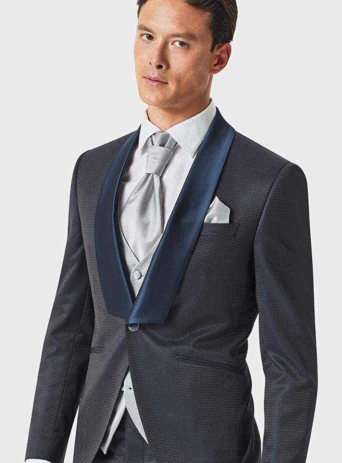 abito uomo fantasia con gilet grigio e cravattone