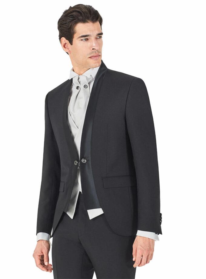 giacca nera con profili in raso e bottoni gemello con gilet doppio petto