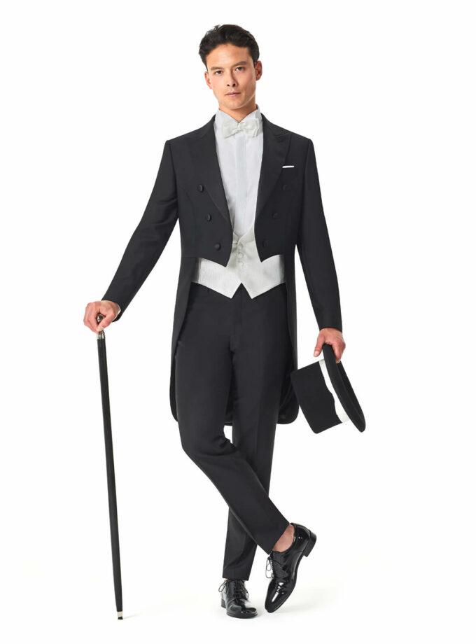 tight uomo andrea versali sposo 2022 cerimonia elegante italia